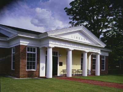 New Hartford Memorial Library, New Hartford, CT_Front Entrance.jpg