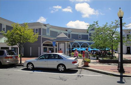 Mashpee_Massachusetts.Mashpee_Commons_TND.Robert_Orr_&_Associates.New_Urbanism.Mixed-Use.Shopping.Plaza.jpg