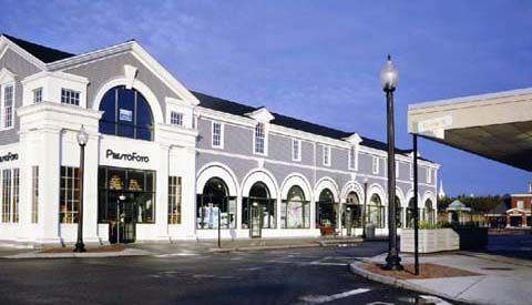 Mashpee_Massachusetts.Mashpee_Commons_TND.Robert_Orr_&_Associates.New_Urbanism.Mixed-Use.Shopping.Rtail_Shops_Facade.jpg