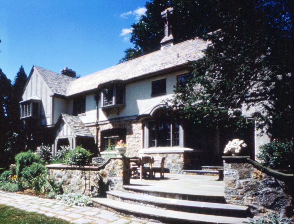New_Canaan.Connecticut.Forbes.Robert_Orr_&_Associates.Architecture.Landscape_Architecture.New_Urbanism.Cornish.Rear_Terrace_Oblique.jpg
