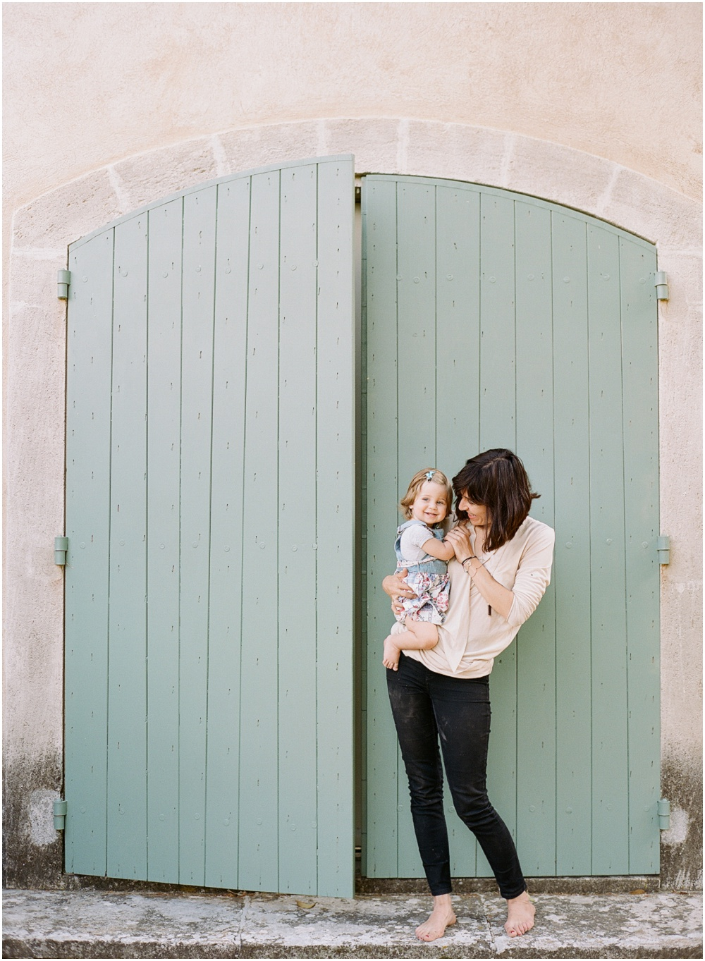 Motherhood Photography by Charlie Juliet and featured on The Fount Collective, a lifestyle publication and community devoted to the art of being a mother._0007.jpg