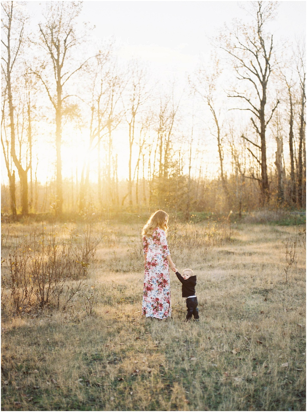 Maternity Photography by Jenni Kupelian and featured on The Fount Collective, a lifestyle publication and community devoted to the art of being a mother 07.jpg