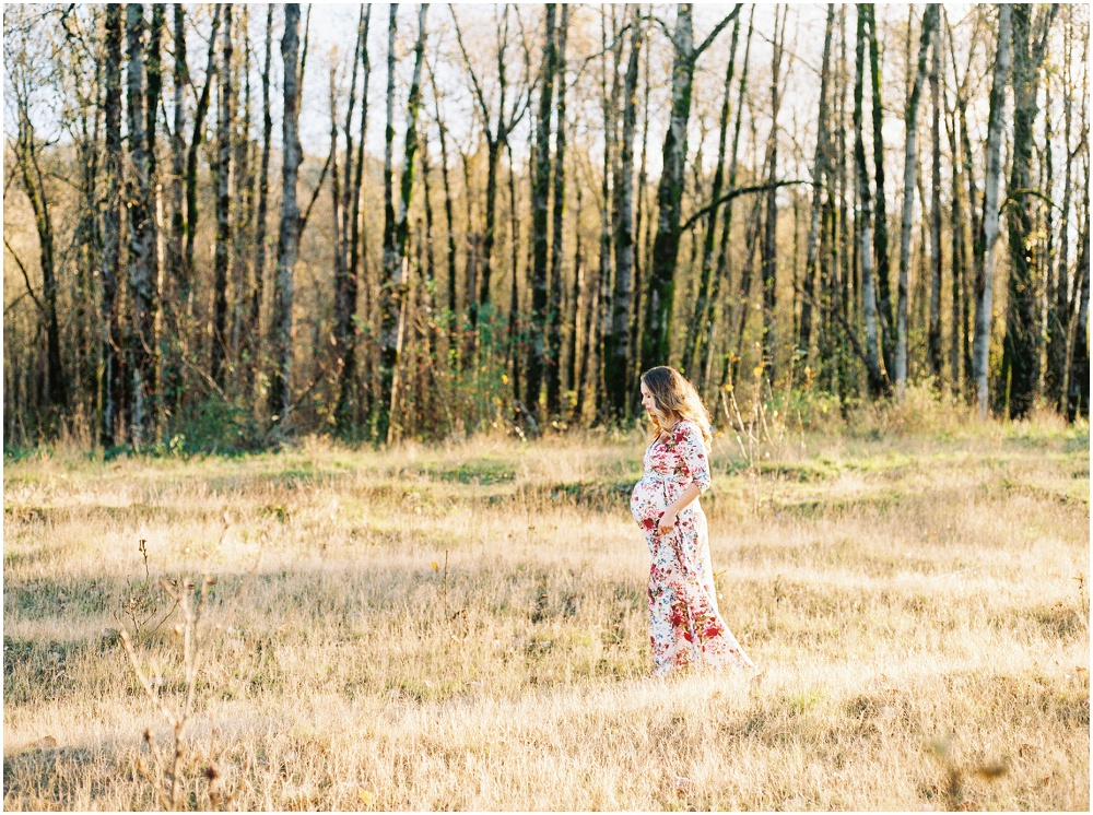 Maternity Photography by Jenni Kupelian and featured on The Fount Collective, a lifestyle publication and community devoted to the art of being a mother 12.jpg