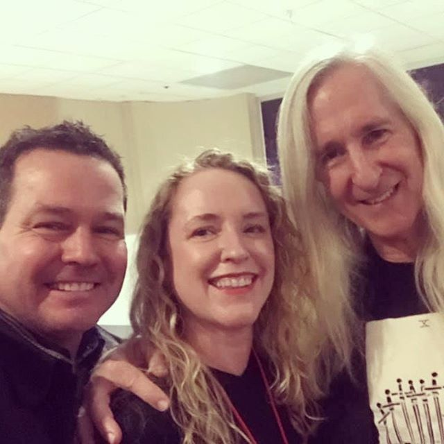Killer time tonight on #openingnight for @nychorrorfilmfest!! Saw the US premiere of #NightmareCinema and met the incredible Mick Garris!!! What an amazing festival!  Cheers to horror 😈🎉🎥