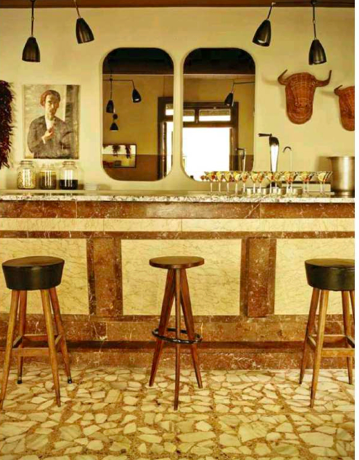 THE BAR AT CELSO Y MANOLO