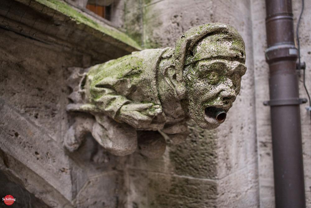 Gargoyle-Rathaus-Munchen.jpg