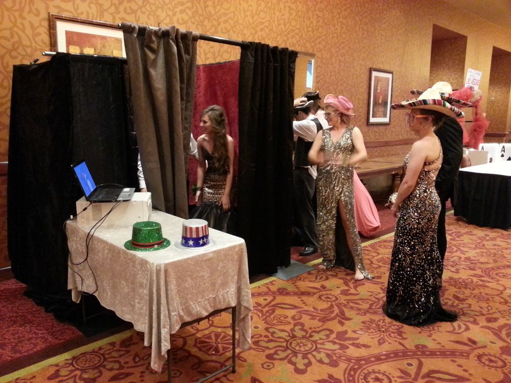 Stand-up Photo Booth