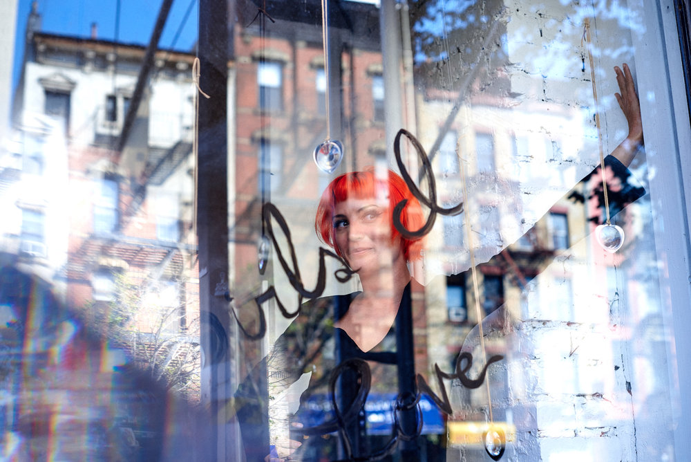 Amy Van Doran in the Modern Love Club store window. Images by Roman Meisenberg.