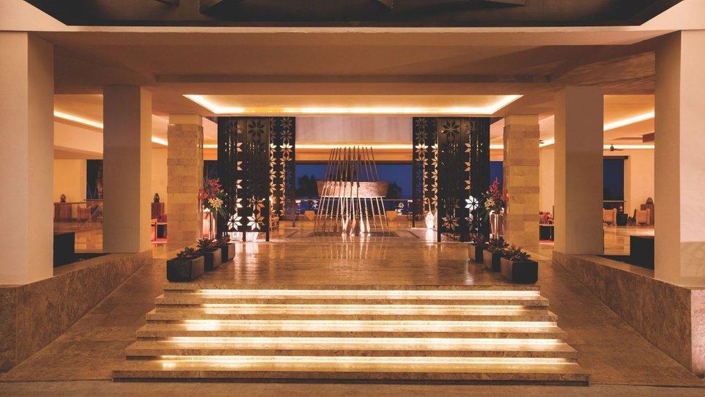 Hyatt-Ziva-Puerto-Vallarta-P051-Entrance.adapt.16x9.1280.720.jpg