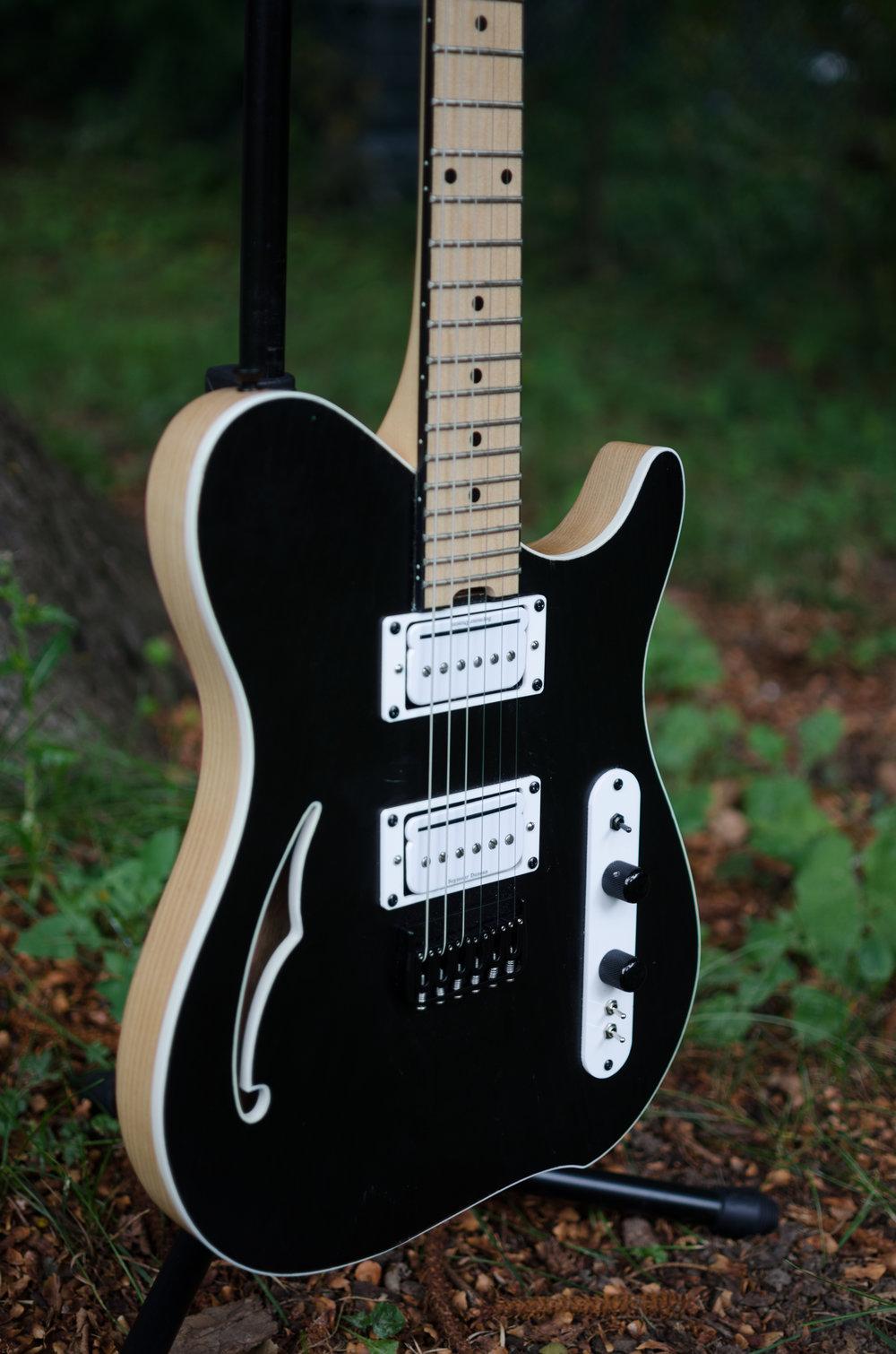 Guitar #002-3.jpg