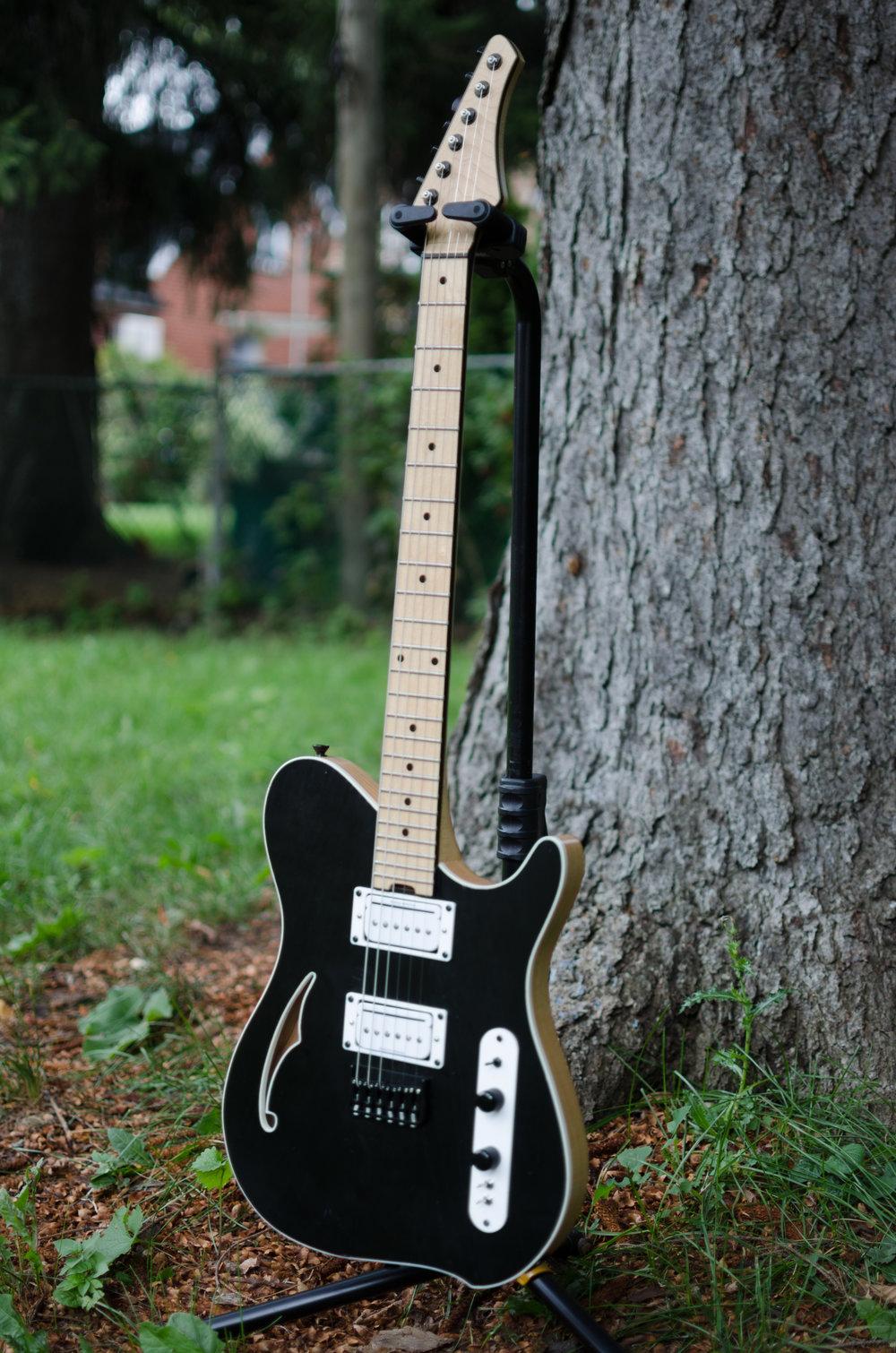 Guitar #002-4.jpg