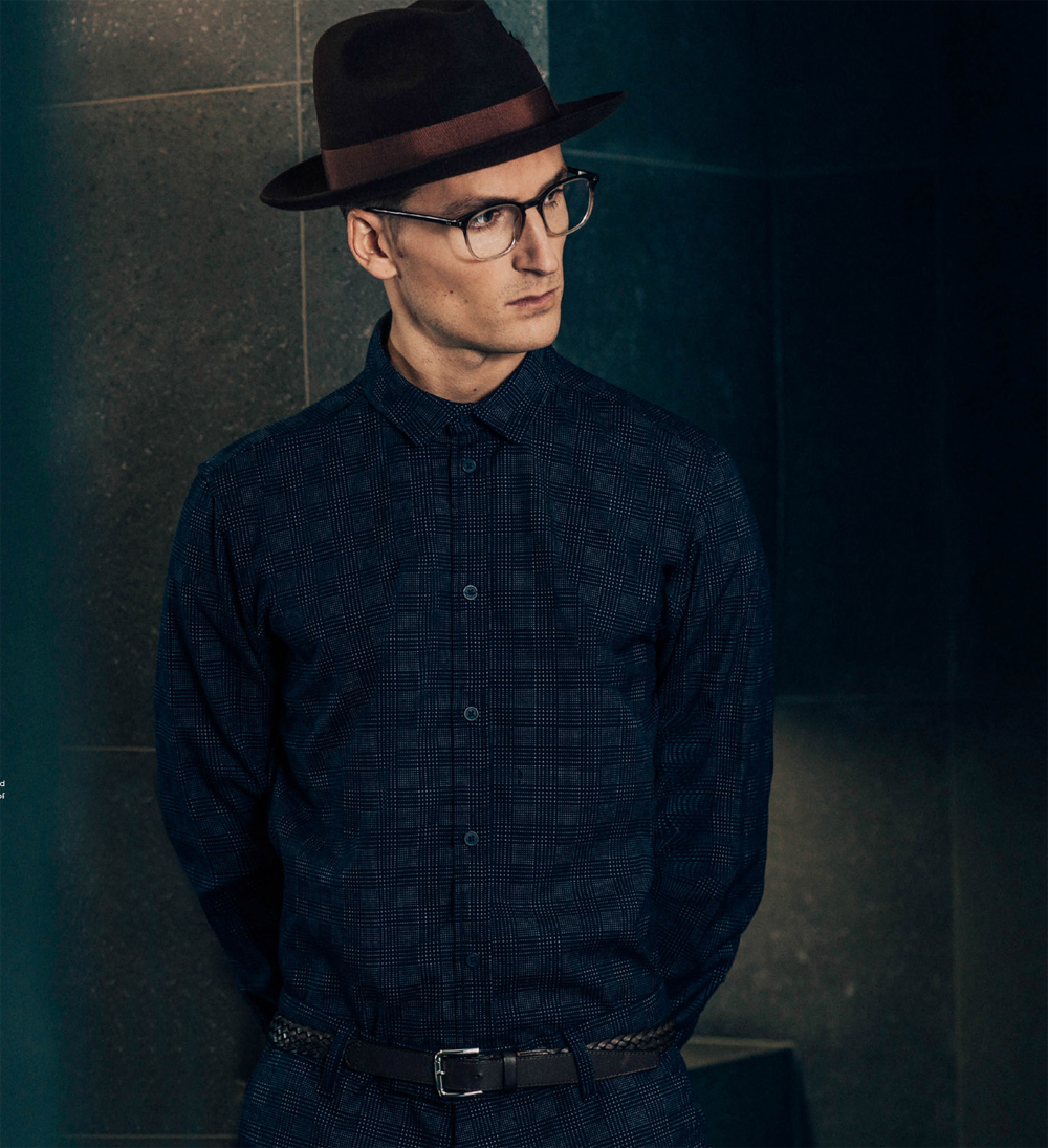 Trilby by LAIRD LONDON, Shirt & Shorts by SAMSOE SAMSOE, Glasses by ACE & TATE