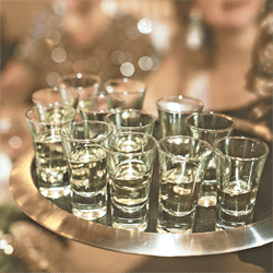www-uptown-event-rentals-dot-com-34-passing-tray-glassware-sm.png
