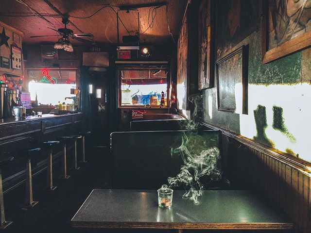 A Sunny's afternoon. @sunnysbar.redhook