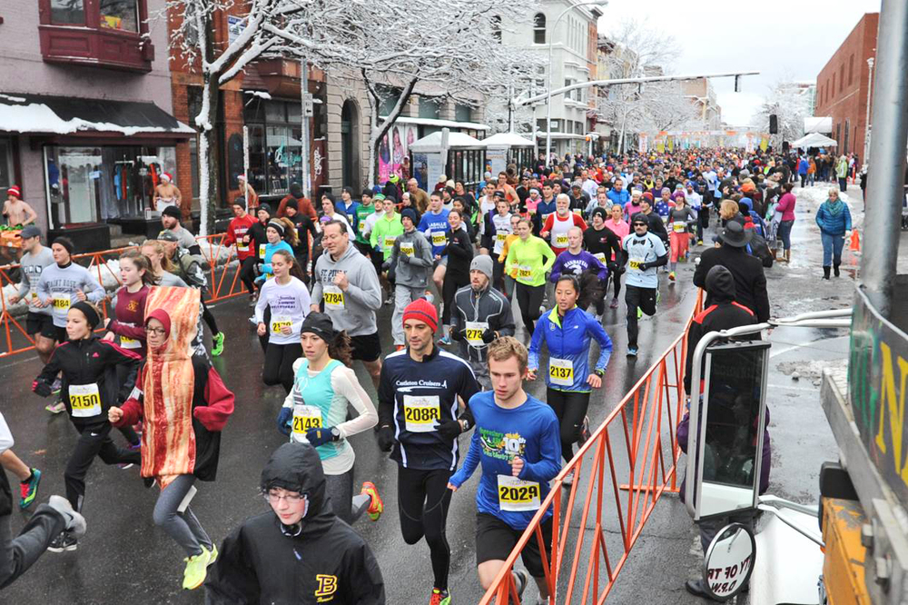Last year's start of the 67th Annual Troy turkey trot.   © Pat Hendrick Photography