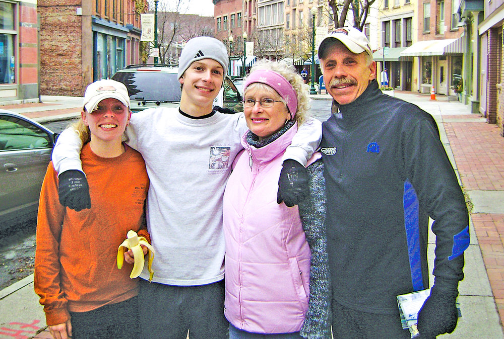 GLOVER FAMILY AT 2007 TROY TURKEY TROT.