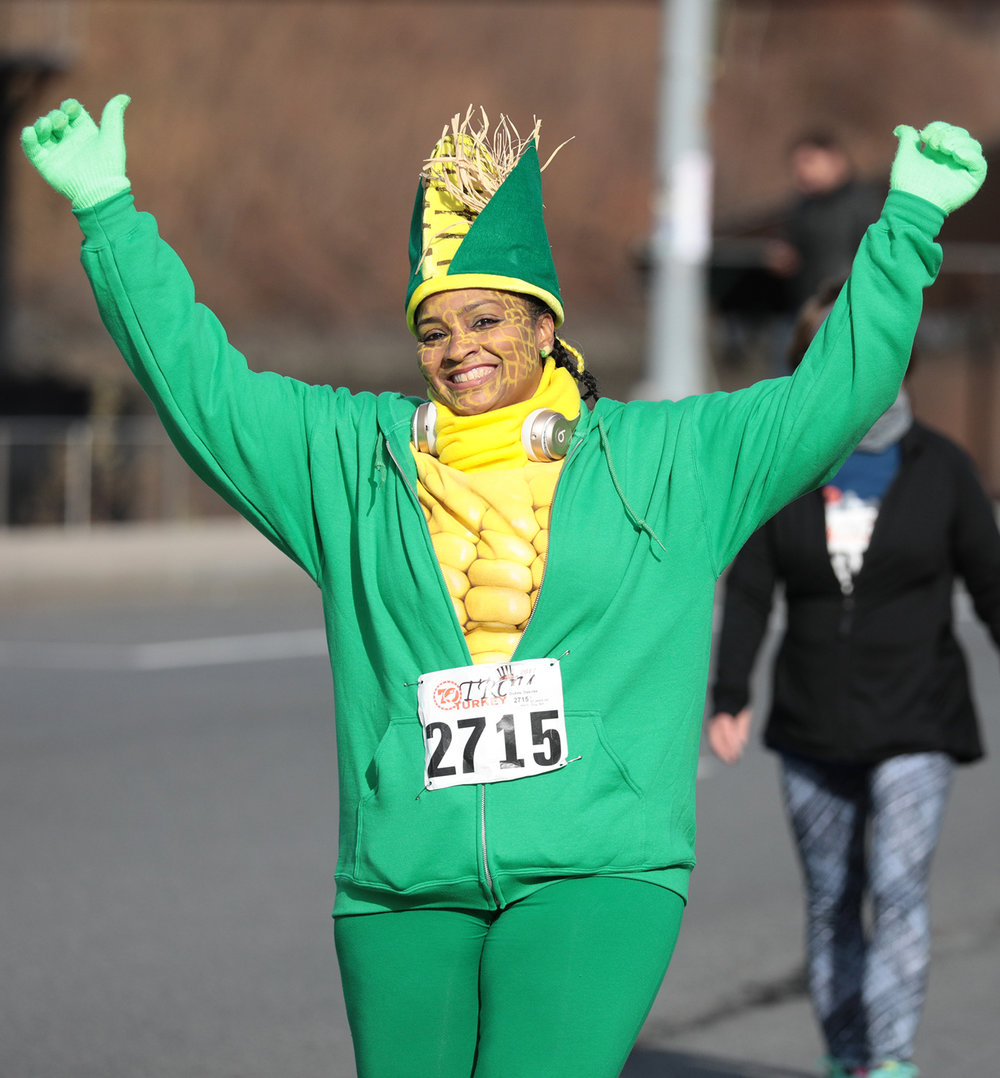 Corn stalk runner at 2017 Troy Turkey Trot.