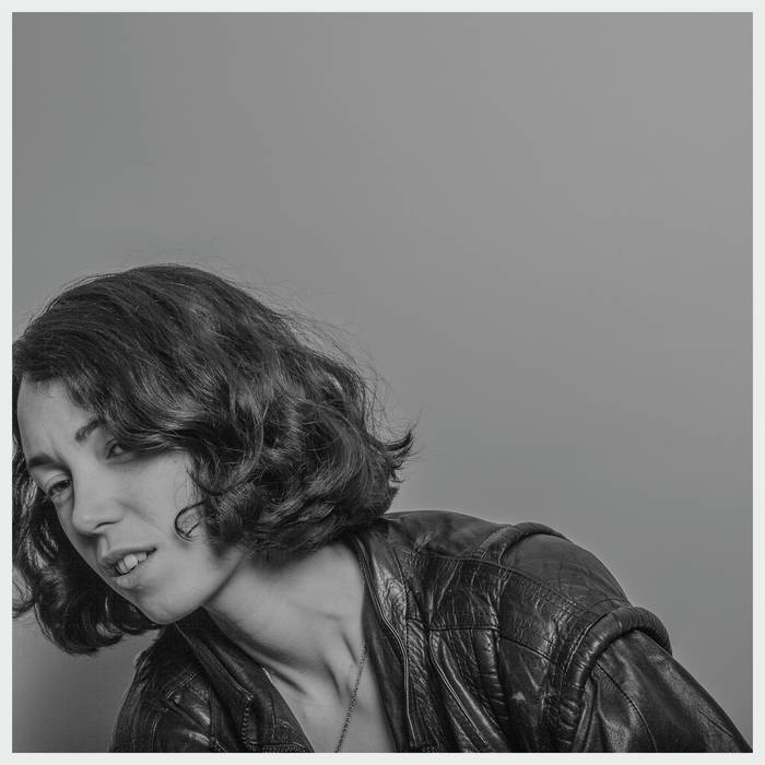 kelly lee owens - blue stage2:45-3:30pm