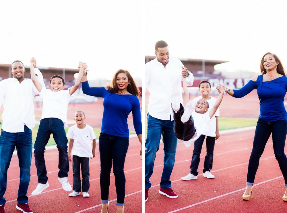 Texas A&M University- Pharris Photography- Texas Photographer- Family Session- Family Portraits