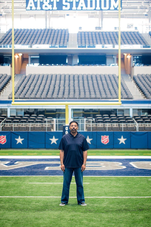 Dr. Evans-AT&T Stadium Shoot-PharrisPhotos.com-3.jpg