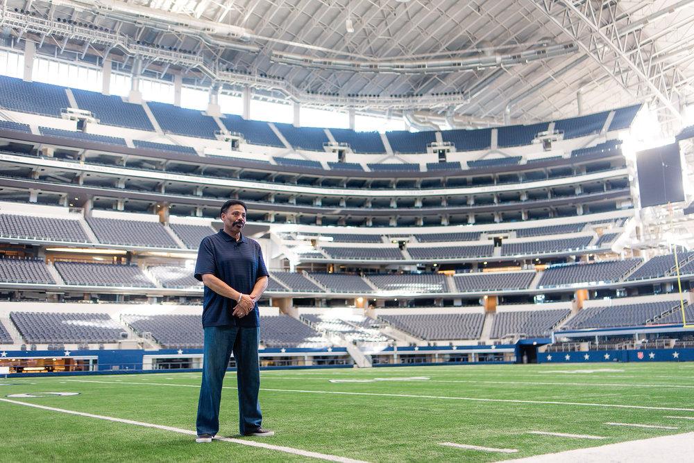 Dr. Evans-AT&T Stadium Shoot-PharrisPhotos.com-18.jpg