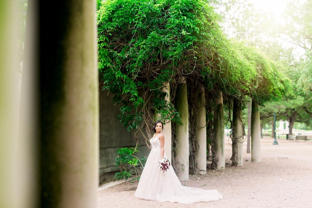 Taylor-bridal-Pharris-Photography-8.jpg