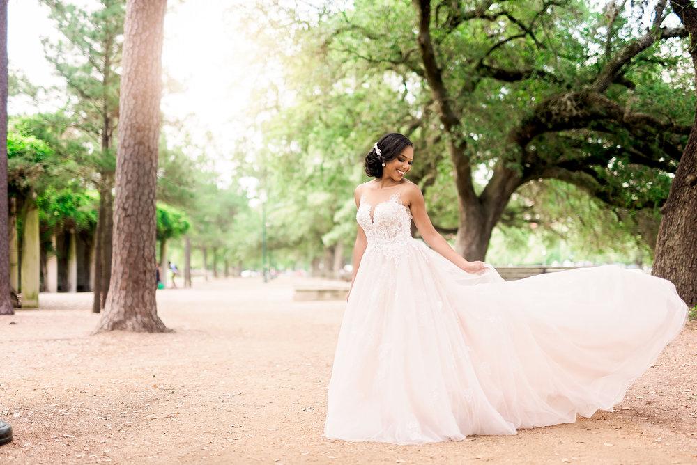 Taylor-bridal-Pharris-Photography-28.jpg