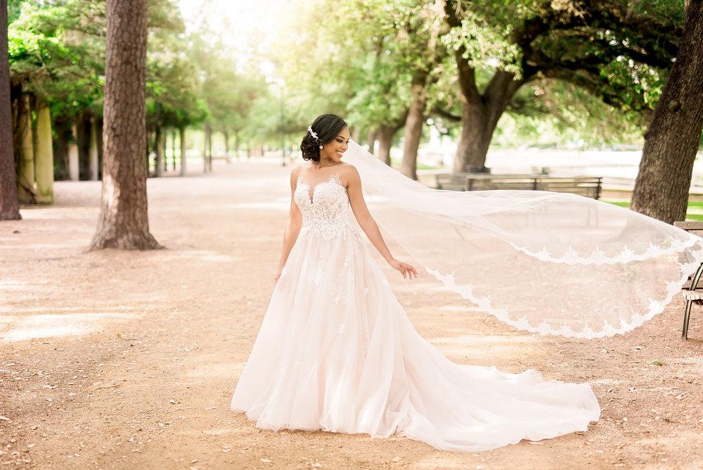 Taylor-bridal-Pharris-Photography-30.jpg