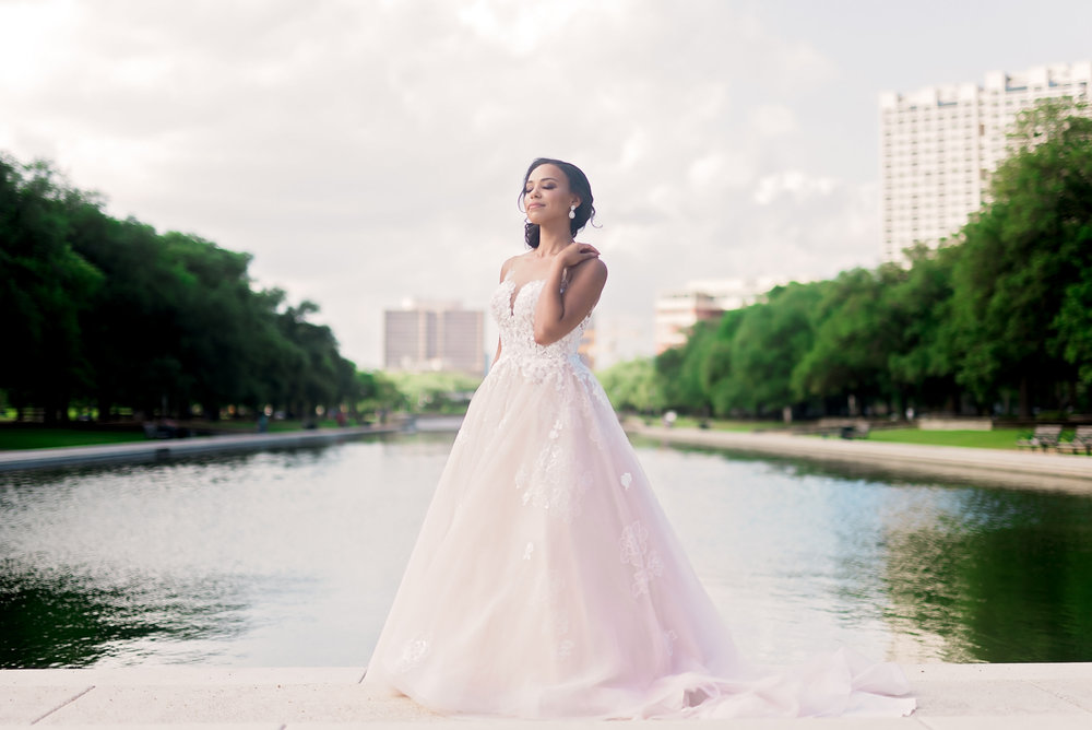 Taylor-bridal-Pharris-Photography-38.jpg