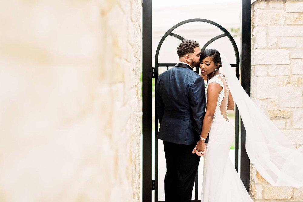 DeShana + Darryl Featured on the Black Bride - 2.0 - 8.jpg