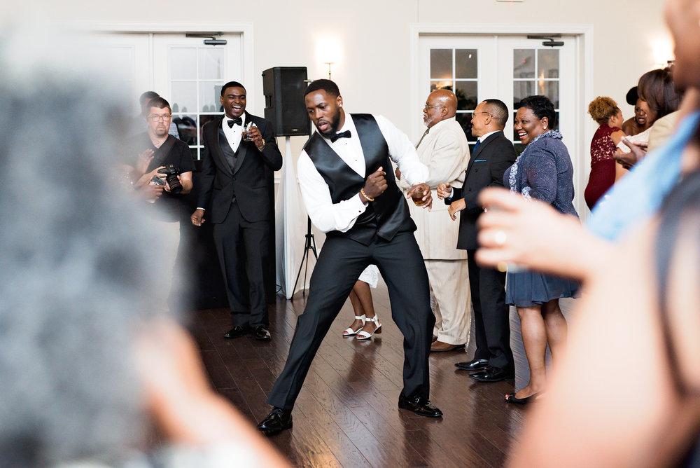 Winston-Hebran-Parkway-Wedding-Pharris-Photography--0295.jpg