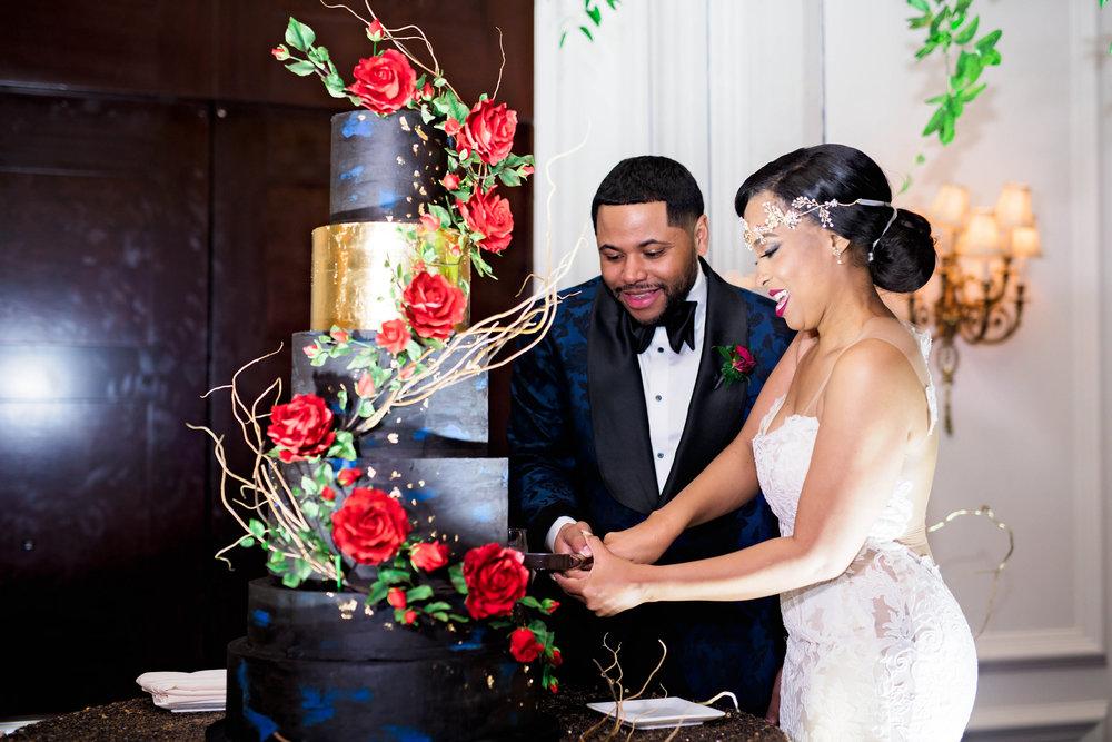 Pharris Photography- Houston Wedding- Krystyn and Joshual- Texas Wedding- Custom Wedding Cake