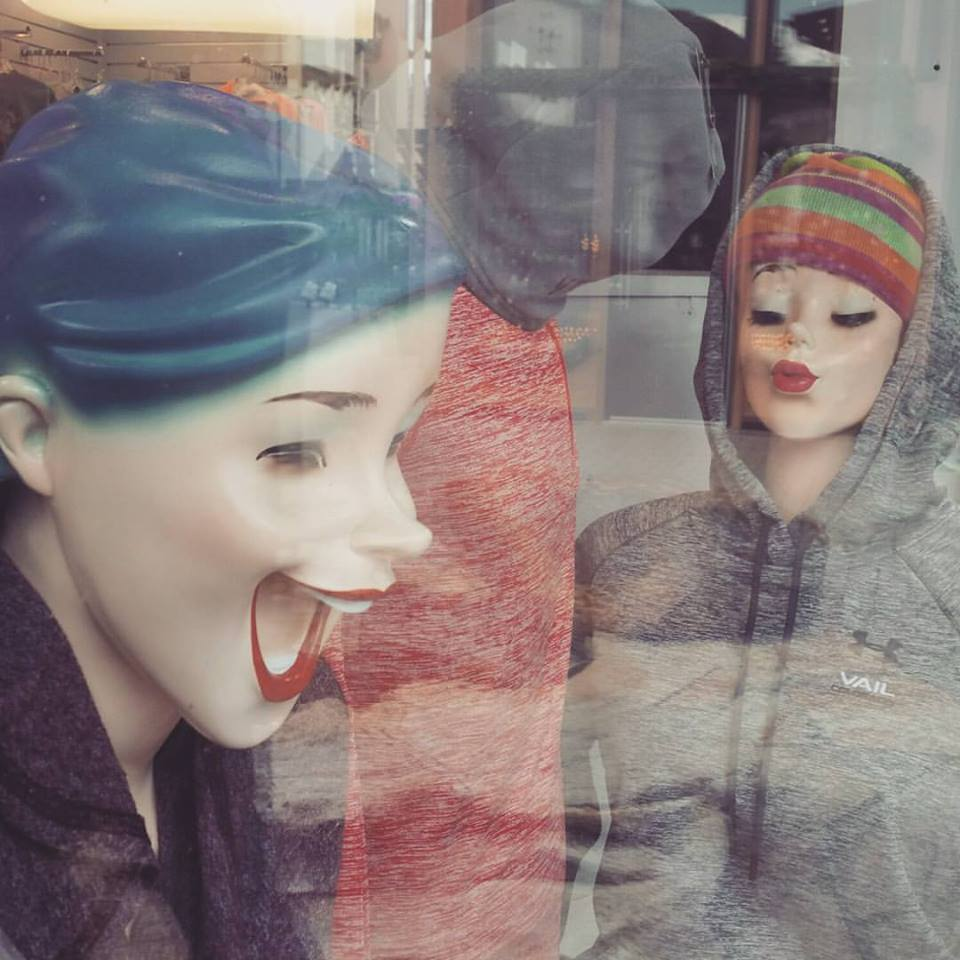 We had lunch at the bottom of the slopes in Vail, where I spotted these mannequins in a window. FREEEEEEAAAAKY, man. These are the things nightmares are made of.