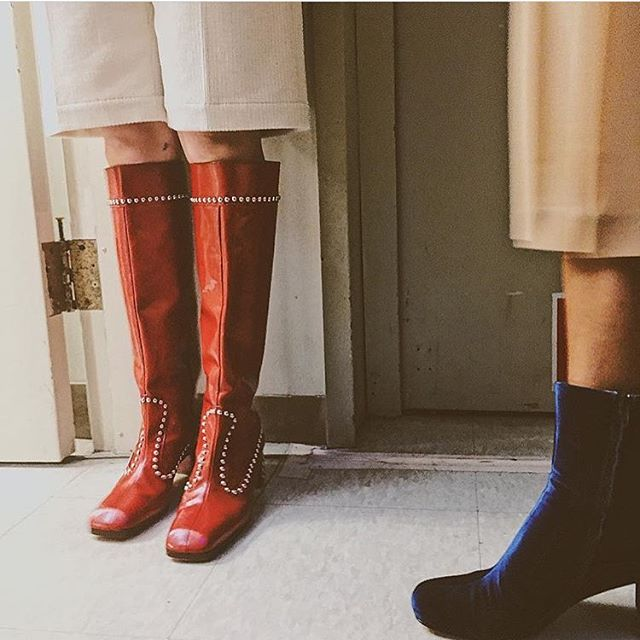 Happy feet. | photo via @krystalframe at @maryam_nassir_zadeh at #NYFW #FW17