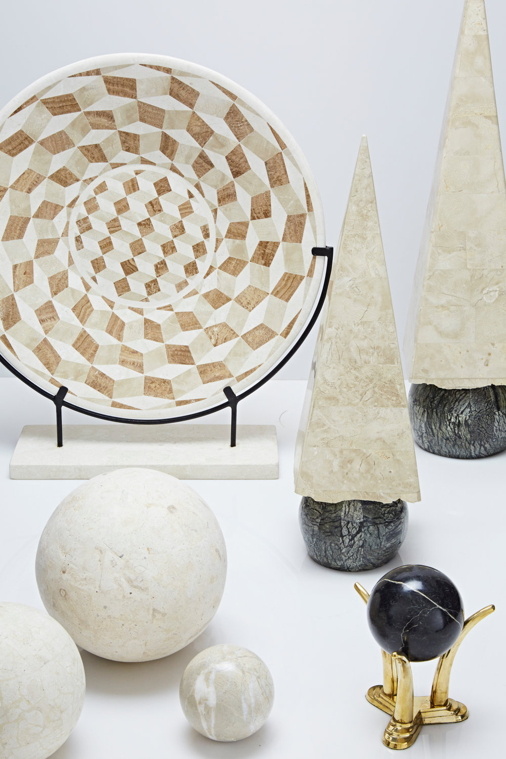 decorative objects -