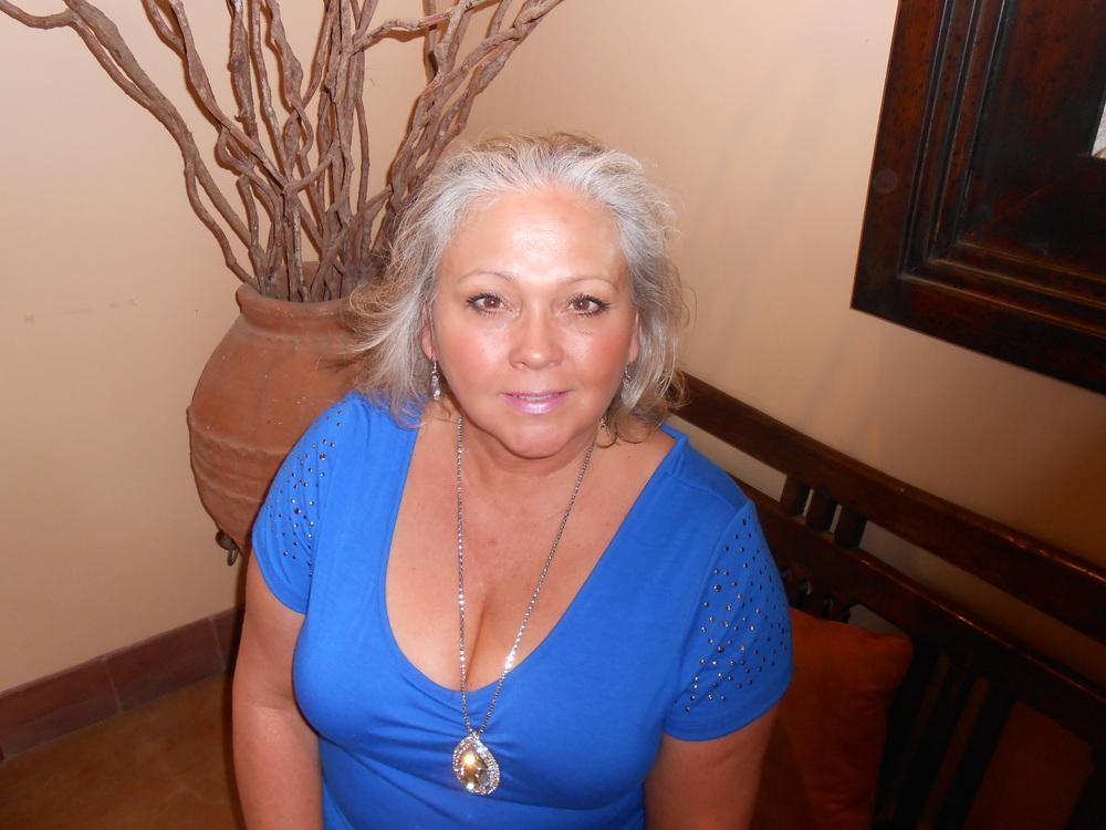 Author Debra DeAngelo