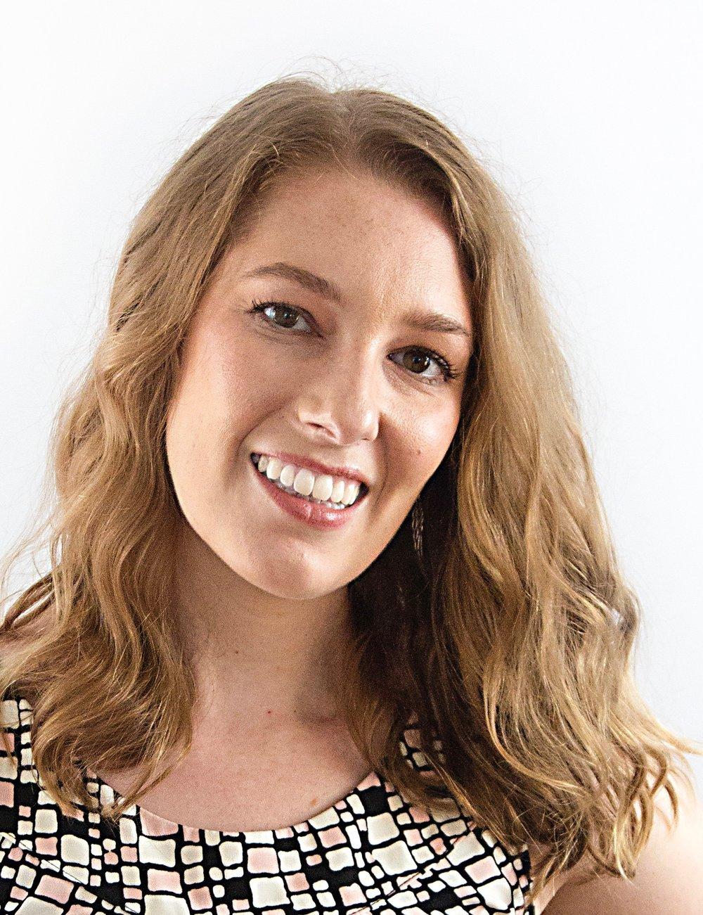 Jenna Romano Headshot.jpg