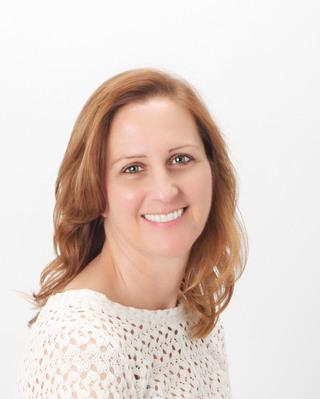 Carol Bartels Headshot.jpg