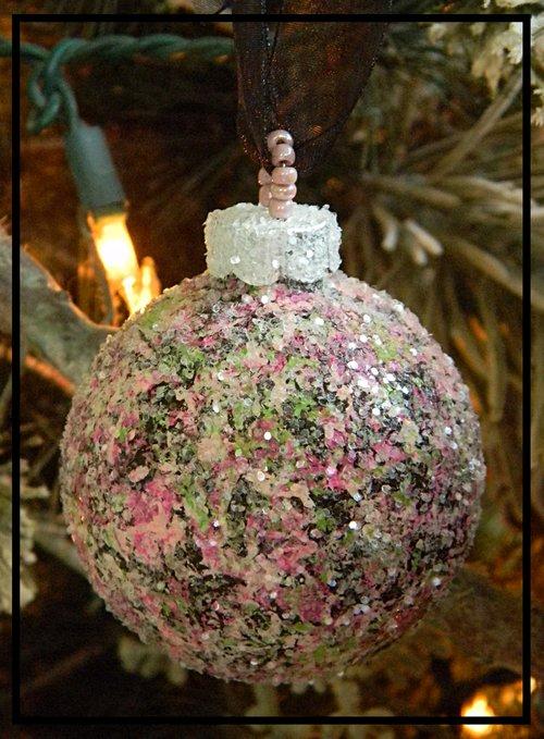 modern delight glass christmas ornaments - Glass Christmas Ornaments