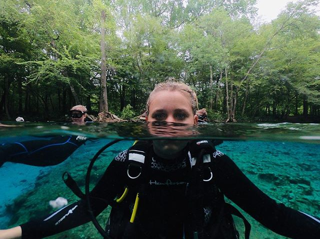 The last Eboard shout-out of the Spring 2019 eboard is our public relations officer, Margaux d'Arbeloff! Margaux is a sophomore study marine science and biology from Belmont, Massachusetts. She is a Rescue diver whose favorite place she has been diving was in Cozumel, Mexico and he favorite marine animal is the Green Sea Turtle. She hopes to someday dive with whale sharks in Belize. Other than scuba club Margaux is also on the club lacrosse team, a member of tri delta, and part of rho rho rho. Outside of school Margaux enjoys skiing, sailing, hiking, and traveling.