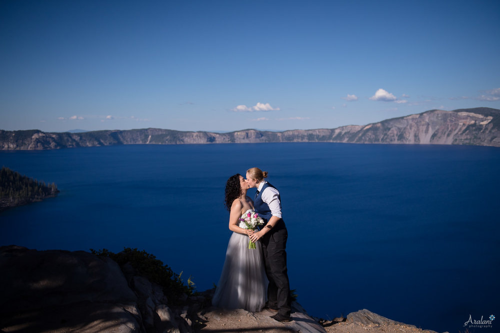 Crater_Lake_Wedding_Elopement018.jpg