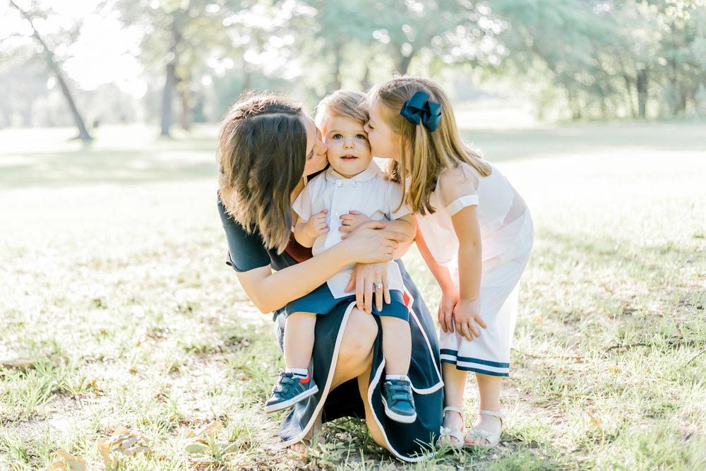 MothersDayMini-Blog-Linkenauger-1.jpg