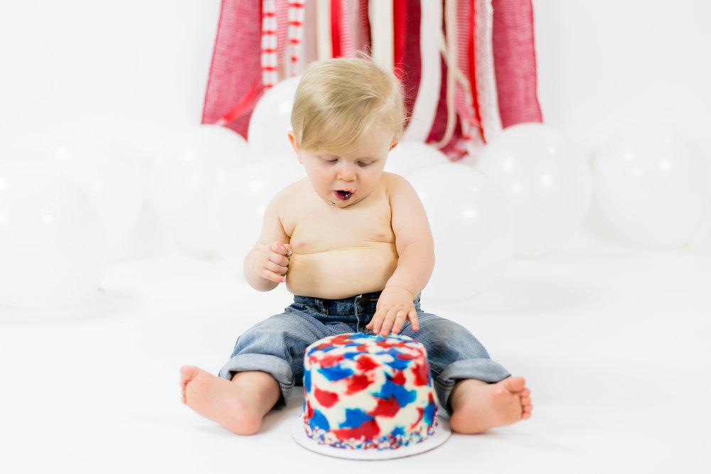 Davis-CakeSmash-44.jpg