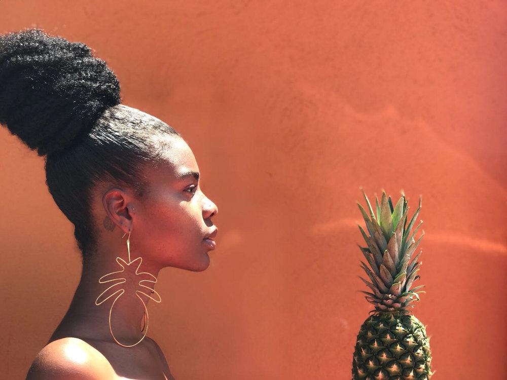 Pineapple Juice shot by Areeayl Goodwin (@areeayla)