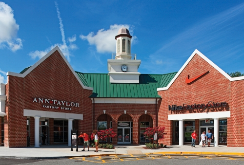 Williamsburg Outlet Mall