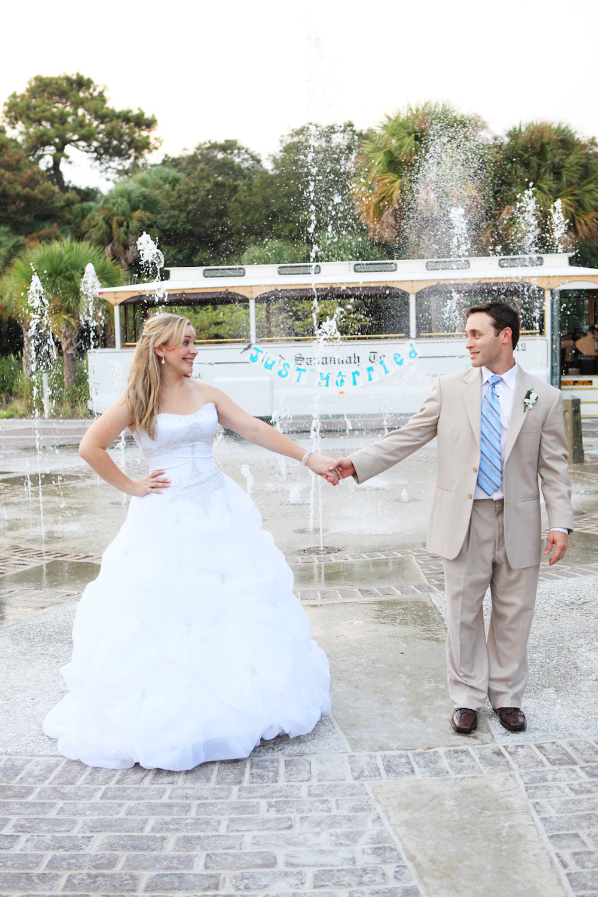 Savannah wedding, Savannah wedding trolley, Revolution Wedding Tours, Bridal Party Transportation