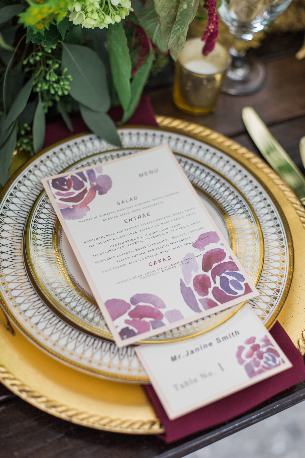 savannah wedding planner scarlet plan & design | rustic wedding at mackey house for revolution wedding tours