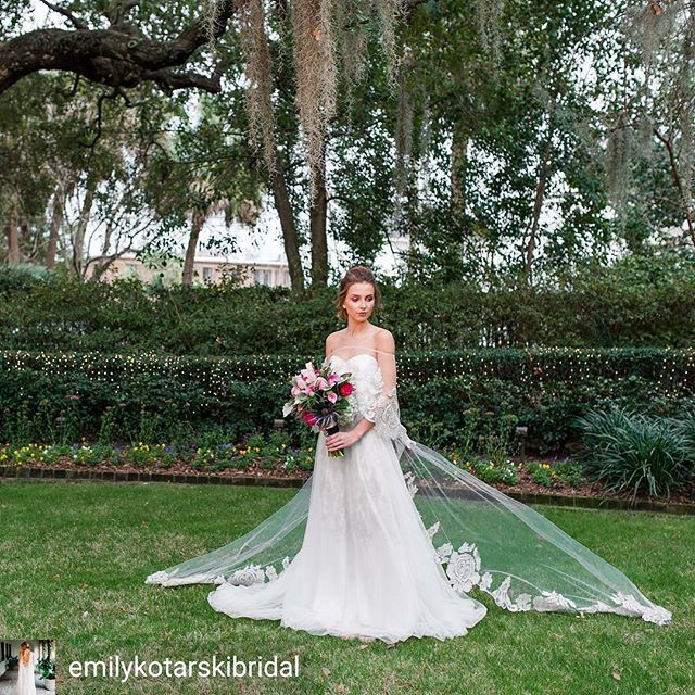 Happy #FRIYAY! Can't get enough of this #bridalgown and #cape by @emilykotarskibridal 😍 #revweds . . . @Regrann from @emilykotarskibridal -  Friday feels complete with a cathedral length cape, spanish moss and colorful blooms 📸 @katherineelenaphotography - #regrann  #charleston #Greenville #Atlanta #charlestonwedding #atlantaweddings #greenvillewedding