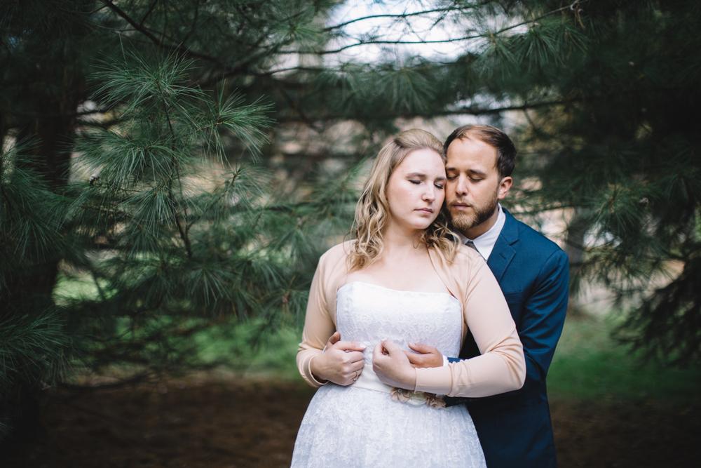 Ashley-reed-photography-pittsburgh-wedding-photographer-ashley-reed-slippery-rock-pa-33.jpg