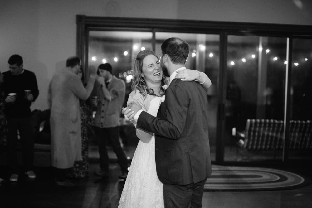 Ashley-reed-photography-pittsburgh-wedding-photographer-ashley-reed-slippery-rock-pa.jpg